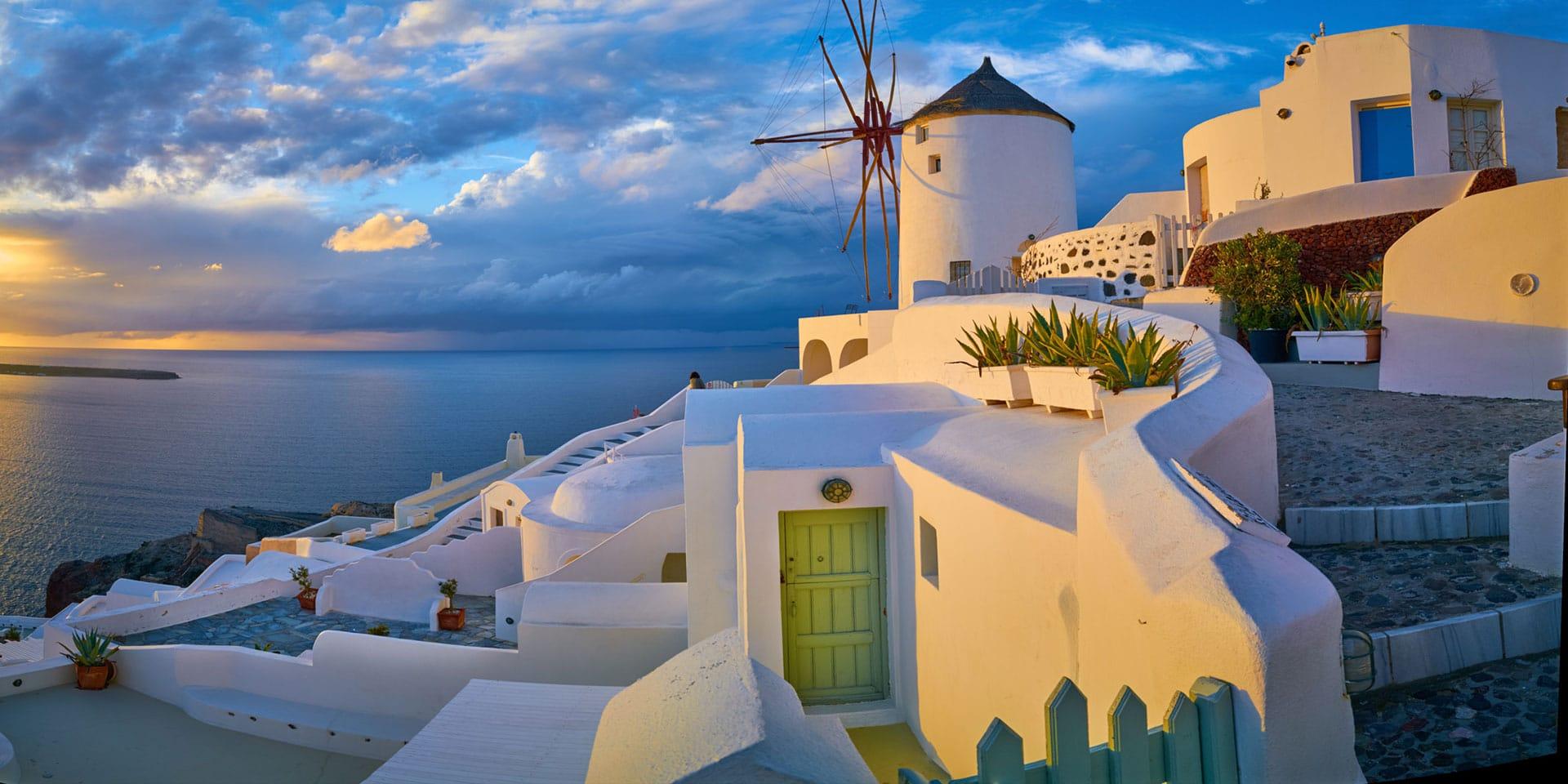 Pulau Paling Romantis di Dunia Santorini